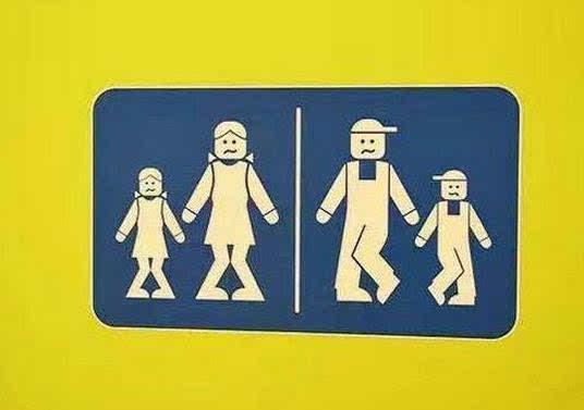 考验智商的时候到了,十大搞笑的厕所标记!