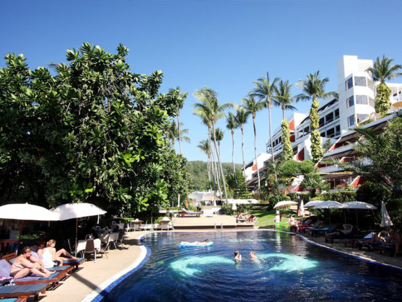 贝斯特韦斯特普吉岛芭东海滩酒店 best western patong beach phuket