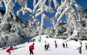 都江堰娱乐-龙池滑雪场