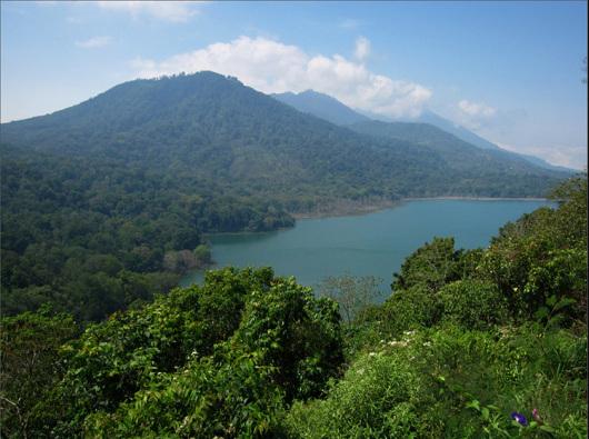 巴厘岛百度库 双子湖 水神庙 森林公园 香料市场一日游(专车专导 私家