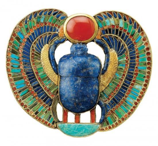 埃及 游记   在古埃及人看来,蜣螂是一种神圣的动物.