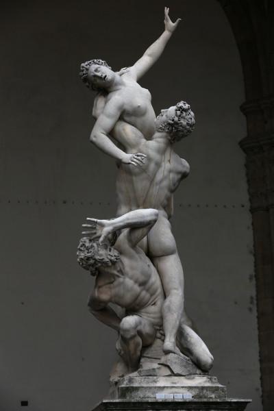 意大利 游记  《大卫像复制品》米开朗基罗的原作保存在艺术学院画廊
