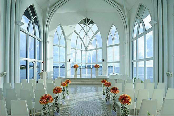白色羽翼教堂图片——白色羽翼教堂婚礼现场图片