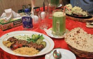 伊朗美食-Sharzeh Traditional Restaurant
