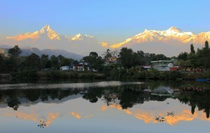 【加德满都图片】夕阳无限美(6)---尼泊尔博卡拉安娜普纳山峰、鱼尾峰雪山日落
