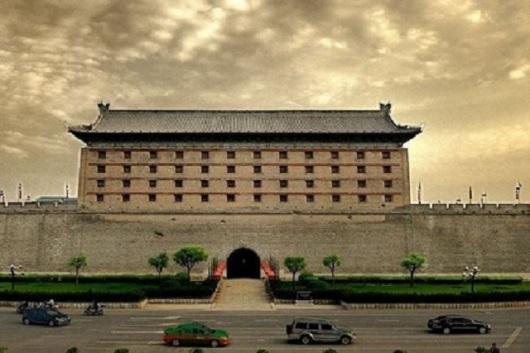 西安城墙+大雁塔音乐喷泉广场+钟鼓楼