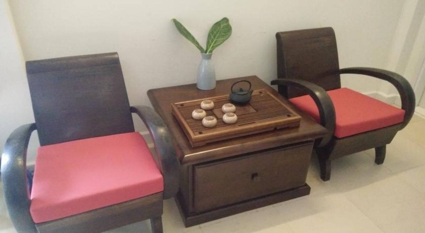 竹子编织的沙发