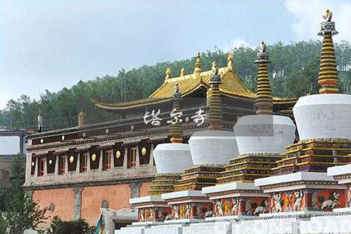 中国藏传佛教格鲁派(黄教)六大寺院之一——塔尔寺